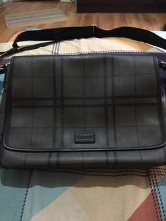 ON PROMO!!!Authentic Coach Messenger Bag