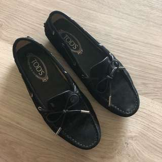 Tod's driving shoes in size 38