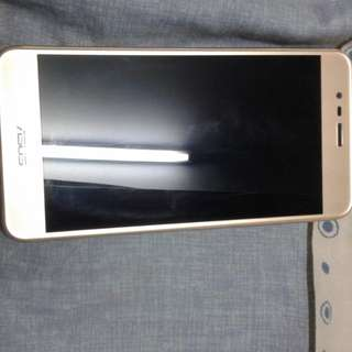 Asus Zenfone Max 3 5.2 (32 GB)