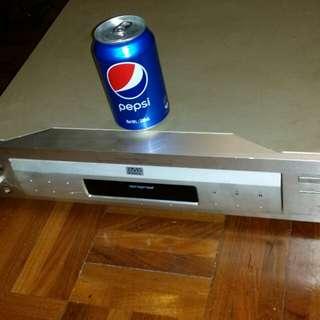 日本製造100V, Sony DVD, CD player, DVP-S7000 (power can be on, drawer can come out and in, but player doesnt move), trade in Tuen.Mun. 不能播放, 但著機,盤能出能入,Sony DVD, CD player, 屯門交收