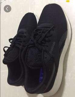 Reebok男裝運動鞋(41號)