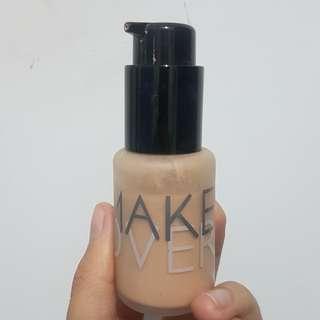 Make Over Ultra Cover Liquid Matte Foundation shade 01.ochre