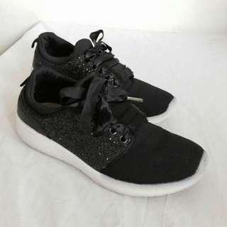 Shoes stradivarius