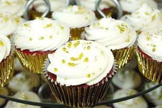 EVENTS cupcake ( red velvet & chocolate )