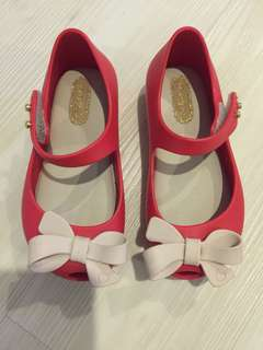 Mini Melissa Shoes US7 red