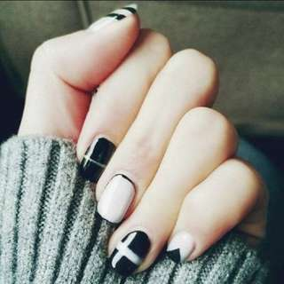Artificial fully polished nail art