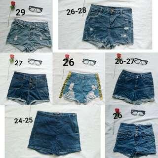 Retro Highwaisted Shorts