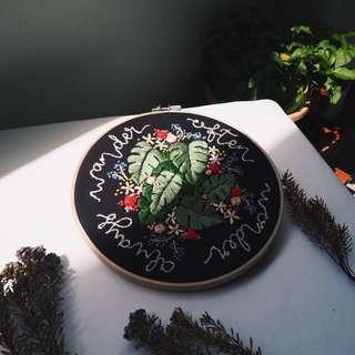 Flora Monstera Hoop Art
