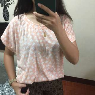 Pink ribbon laced-back