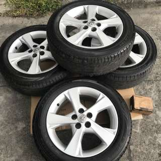 Toyota Altis V Stock Mags & Tires