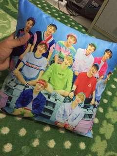 Wanna One Pillow Case (40cm ⚔️ 40cm)