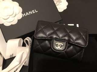 Chanel card holder 羊皮銀扣