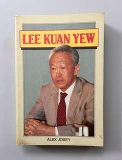 Lee Kuan Yew by Alex Josey (paperback)