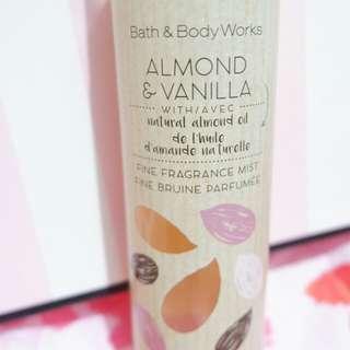 Almond and Vanilla 236mL Fragrance Mist
