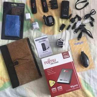 只限三月 搬屋 可議價 搬家 Mini iPad case power bank Fujitsu hard disk 硬碟 充電器 充電寶