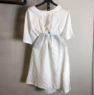 白色短袖長版洋裝上衣oversize 大尺碼媽媽孕婦文青綁腰渡假口袋