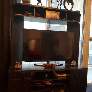 Fancy TV Stand with Arc