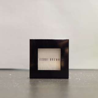 Bobbi Brown - Eyeshadow Matte #1 White [preloved]