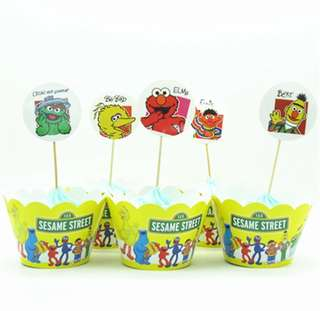 Sesame Street party supplies - cupcake toppers & wrappers/ dessert deco / party deco