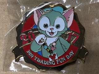 香港 迪士尼 徽章 Disney Pin PIN TRADING FUN DAY 2017 Exclusive pin