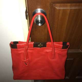 (NEGO TILL LET GO) Authentic Furla Leather Bag