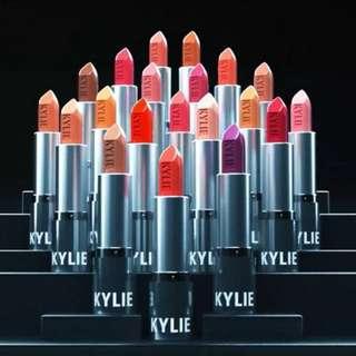 (PO) Authentic Kylie Crème Lipstick