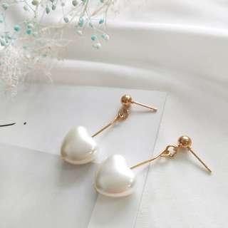 🎠珍珠白 愛心耳環