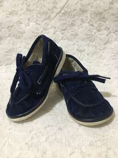 Suede shoes US brand