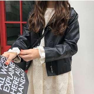 修身款韓版寬鬆黑皮衣