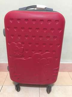Used Hello Kitty Luggage Bag (Defect beside)