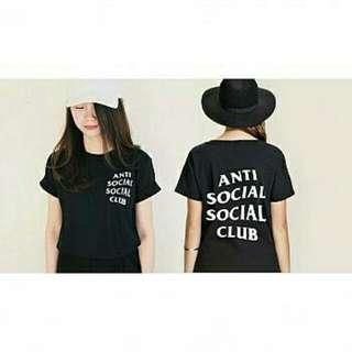 lo tshirt anti social black gil 47.000 Bahan spandek soft fit to L