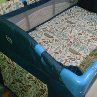 Giant Carrier crib 💕