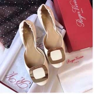 Roger Vivier Shoes 38