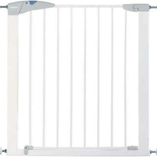 Lindam Sure Shut Axis Safety Gate (76-82cm) with 1 extension