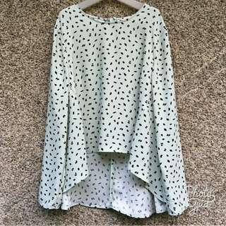 H&M patterned blouse top