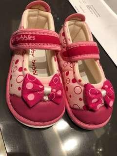 BATA BABY BUBBLES My First Step shoe (kids, toddler, child, children, pink, ribbon, cheap, sale, soft, cotton, sponge, rubber, sole)
