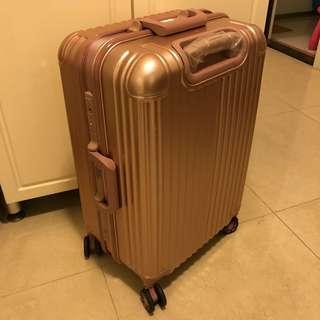 全新25寸行李箱 (New 25' Suitcase)