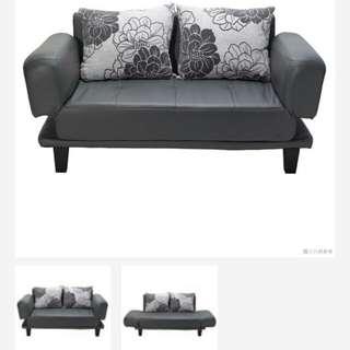 Sofa (Bed)/  九成新梳化