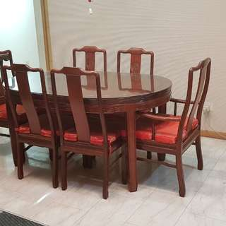Solid rosewood dining set with glass top