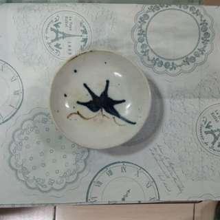 早期瓷質花紋小碟盤