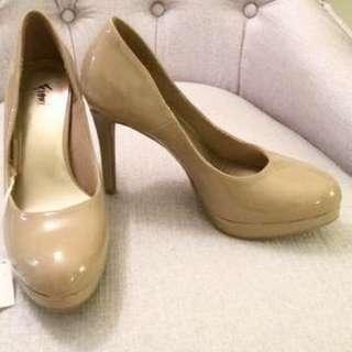 Payless Nude Pumps/Heels