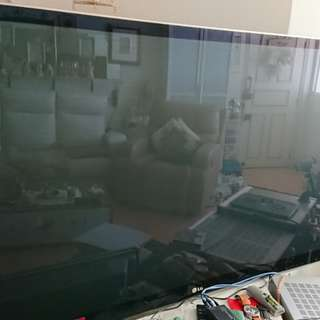 "Faulty 60""tv (can't On)"