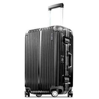 Hallmark 29吋黑色金屬鋁框行李箱