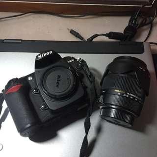 Nikon D200 + sigma 18-200mm ll f3.5-5.6 ex dc ham + yn568ex閃光燈