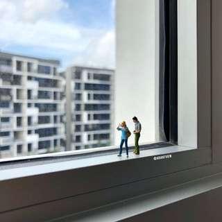Miniature figurine Photographer terrarium