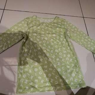 Uniqlo heat-tech long sleeve top