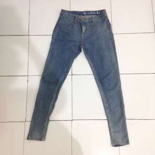 JEGGING MID RISE JEANS