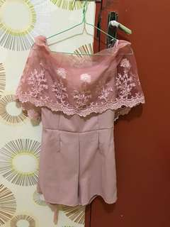 jumsuit flower lace sabrina