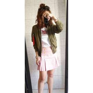 百貨專櫃品牌BETTY'S紅白直線短裙打摺裙及膝裙裙子