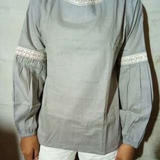 New grey top sleeve - nett